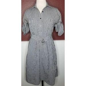 Dresses & Skirts - Gingham shift dress